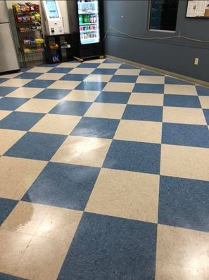 Before & After Floor Cleaning in Orlando, FL (1)